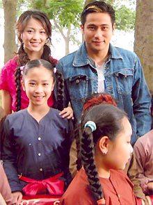 Minh Tiệ - Can Đình Đình trong một cảnh phim