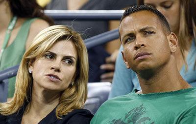 Cầu thủ bóng chày Alex và vợ Cynthia (trái). Ảnh: Telegraph.