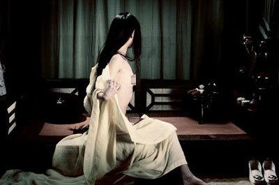 Cảnh khỏa thân của diễn viên đóng thế Châu Tấn. Ảnh: 163.