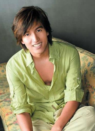 Ca sĩ kiêm diễn viên Ngôn Thừa Húc. Ảnh: Net.