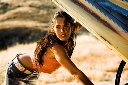 Megan Fox trong phim giả tưởng nóng bỏng nhất mọi thời đại. Ảnh: Celebs.