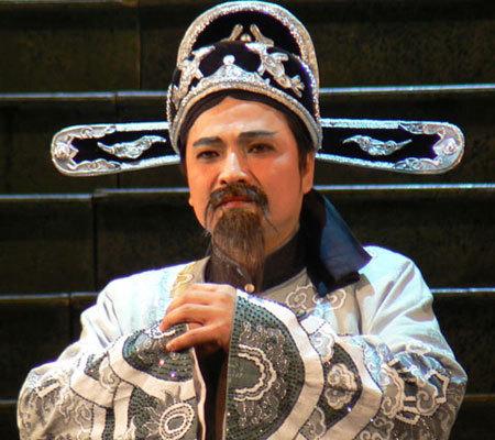 Quốc Anh vao vai Nguyễn Trãi sau 15 năm diễn hài. Ảnh: Ngọc Trần.