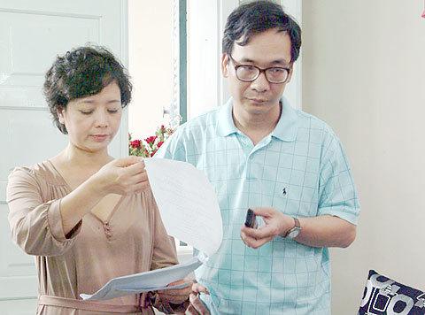 Diễn viên Chiều Xuân - Đức Khuê vào vai ông bố bà mẹ tâm lý và vui tính.