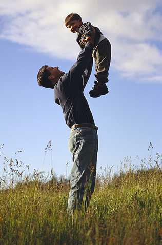 Cha và con.