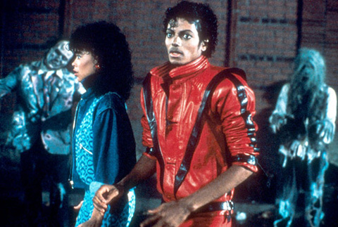 Trong những năm 1980, với những buổi biểu diễn solo gây tiếng vang, Michael Jackson đã khẳng định vị thế thống trị làng nhạc pop của mình với hàng loạt ca khúc hit, trong đó có Thriller.