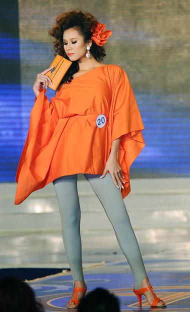 Phong cách diễn lôi cuốn giúp Thái Hà nhận giải Siêu mẫu phong cách. Ảnh: Tung Jin.