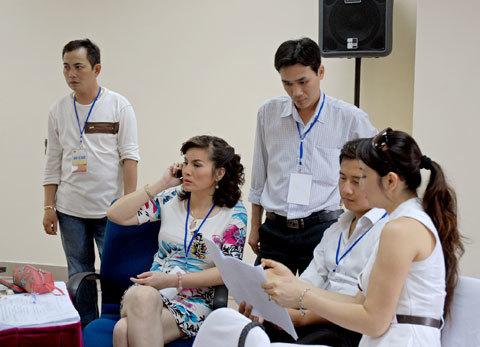 Ban giám khảo vòng thi bán kết Miền Bắc.