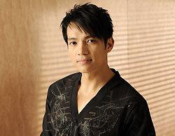 Ca sĩ Lương Tùng Quang từ Mỹ về tham gia show của Minh Tuyết. Ảnh: H.M.