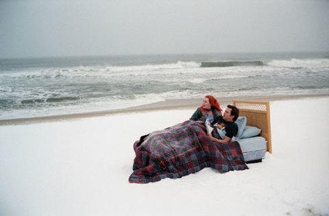 Jim Carey và Kate Winslet trong phim