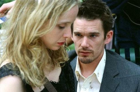 Ethan Hawke và Julie Delpy trong phim
