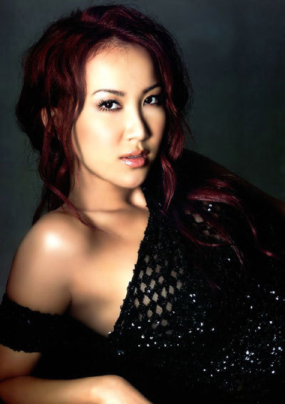 Nữ ca sĩ Coco Lee. Ảnh: ayushveda.
