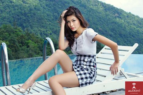 : Siêu mẫu Thu Hà (Top 10 Hoa hậu Việt Nam 2010).