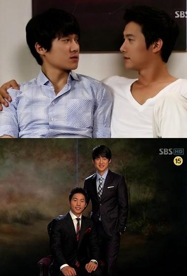 Ảnh trên: Tae Sub và Kyung Soo trong phim. Ảnh dưới: hai diễn viên Lee Sang Woo và Song Chang Ui. Ảnh: hancinema.