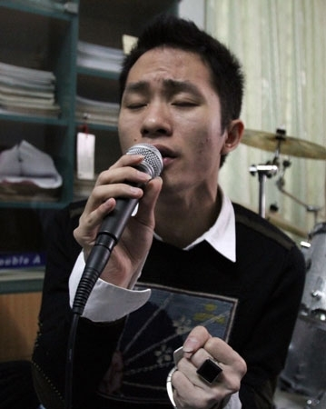 Ca sĩ Tùng Dương trải lòng cùng bài hát.