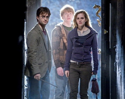Bộ ba quen thuộc của loạt phim