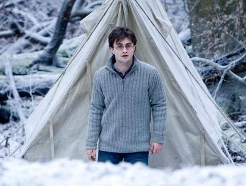 Cậu bé phù thủy sẽ chia tay khán giả vào mùa hè năm sau. Ảnh: Warner Bros.