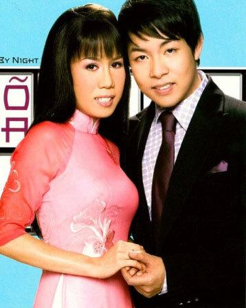 Quang Lê và bạn diễn Mai Thiên Vân. Ảnh: Thúy Nga Paris by night.