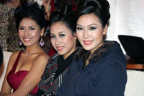Người đẹp Thùy Trang, Nguyễn Thị Loan cũng góp mặt tại bữa tiệc.