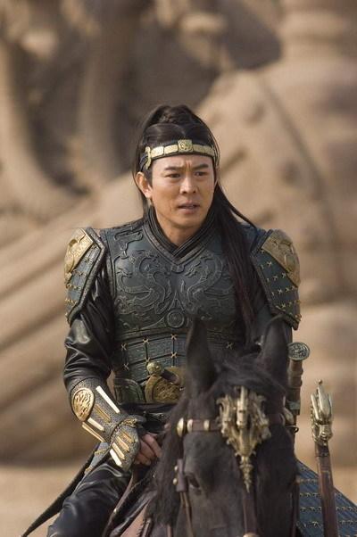 Lý Liên Kiệt với tạo hình Tần Thủy Hoàng trong phim