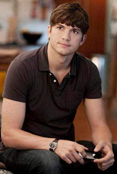 Ashton Kutcher vào vai một chàng trai đánh mất niềm tin ở tình yêu. Ảnh: Paramount.