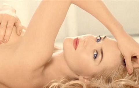 Kate Winslet trong video quảng cáo mới.