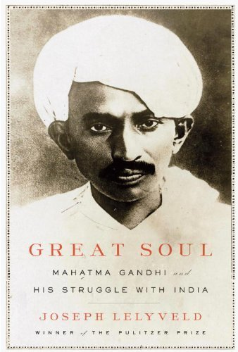 "Bìa cuốn ""Great Soul: Mahatma Gandhi and His Struggle With India"". Ảnh: foxbookshop."