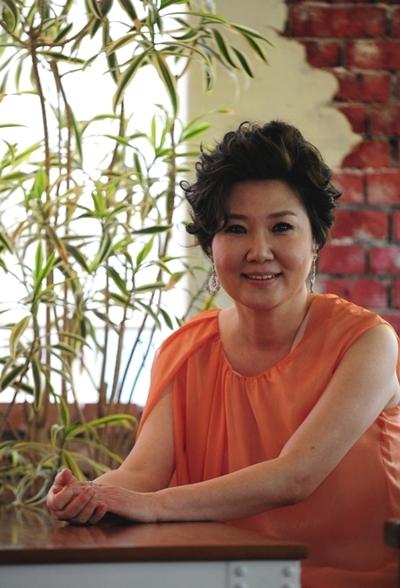 Nữ diễn viên 56 tuổi Kim Hae Sook.