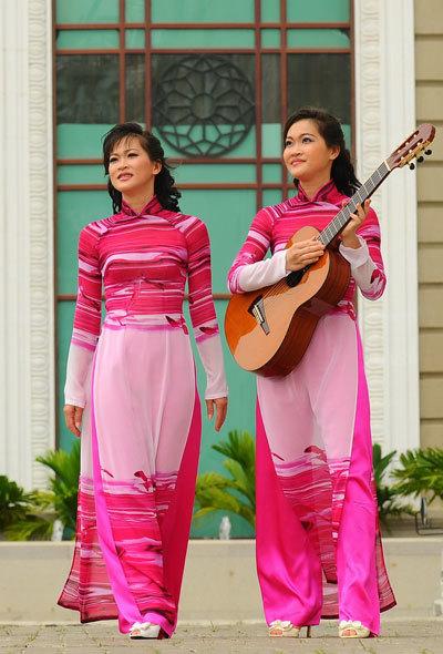 Phương Thư - Phương Thảo trở lại sau hơn 10 năm vắng bóng trong làng nhạc cổ điển.