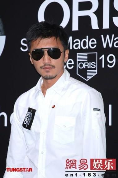 Tạ Đình Phong muốn nhanh chóng hoàn thành thủ tục ly hôn.
