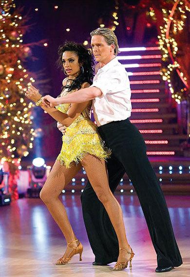 dancing2-1345769990_480x0.jpg