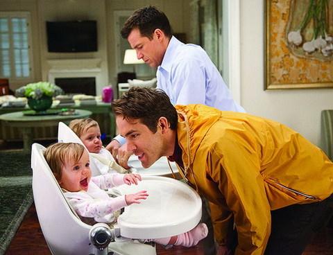 Ryan Reynolds và Jason Bateman sẽ 'hoán đổi' trong 'The Change-Up'. Ảnh: Universal.