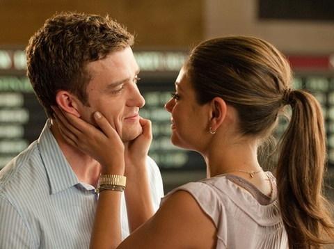 Justin Timberlake và Mila Kunis trong phim 'Friends With Benefits'. Ảnh: Sony.