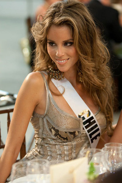 Miss Chile.