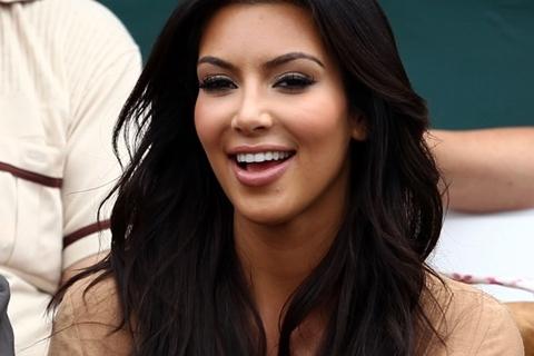 Xinh đẹp và sở hữu một chương trình truyền hình thực tế thành công, Kim vẫn không được lòng công chúng Mỹ.
