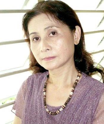 Nhà thơ Dư Thị Hoàn.