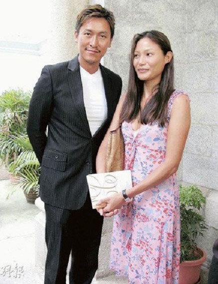 Cuộc hôn nhân của Mã Đức Chung đang gặp sóng gió. Vợ anh không chấp nhận