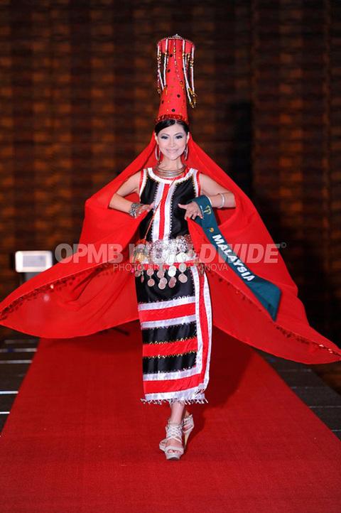 Hoa hậu Malaysia.