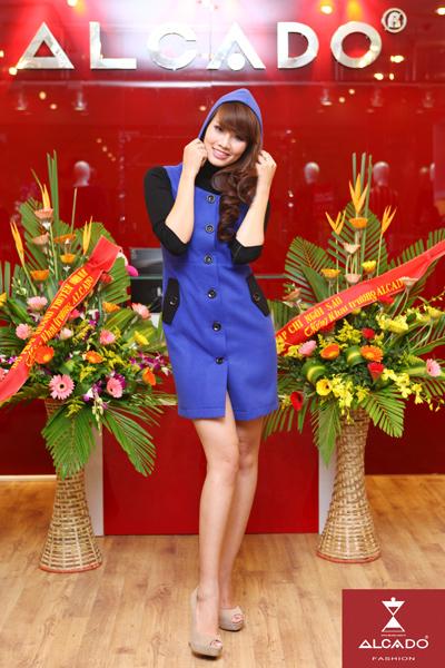 Huyền Trang (Người đẹp biển - Miss Auto).