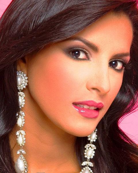 Ivian Sarcos đoạt vương miện Miss World và danh hiệu Miss Grand Slam 2011. Cô là người đẹp thứ sáu của Venezuela lên ngôi Hoa hậu Thế giới. à