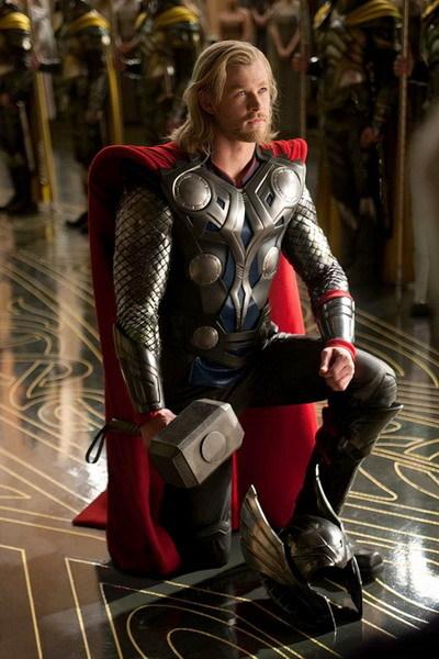 Tài tử Chris Hemsworth trong phim