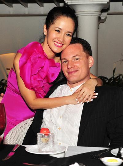 Diva nổi tiếng thừa nhận kết hôn với người chồng quốc tịch Mỹ Kevin hồi tháng 7/2011