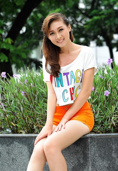thuy-my-1350379651_480x0.jpg
