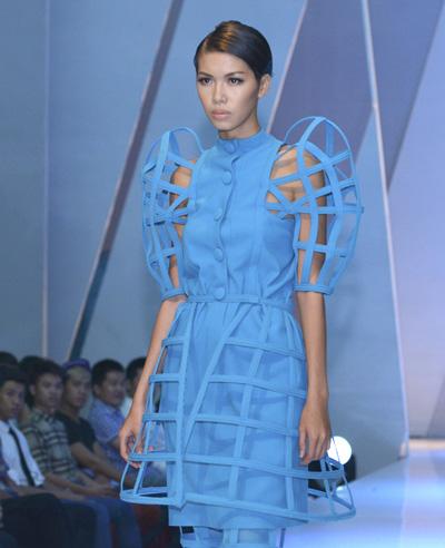 Người mẫu Minh Tú.