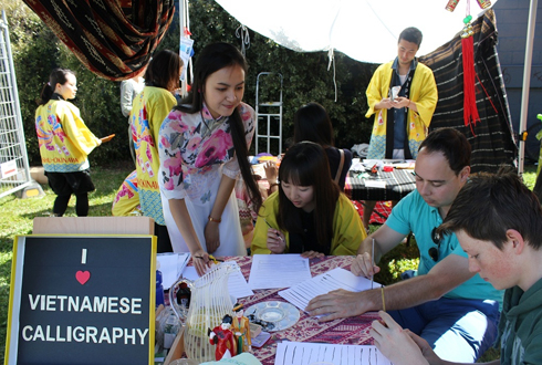 Những hoạt động cộng đồng của Huỳnh Thị Ngọc Hân được Hội đồng thành phố Brisbane đánh giá cao về ý nghĩa tích cực cũng như tính lan tỏa, không chỉ trong cộng đồng sinh viên quốc tế mà còn cả cộng đồng bản xứ.