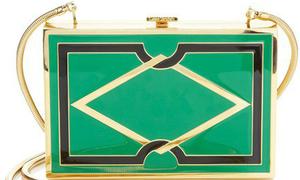Những mẫu túi, ví trị giá hàng chục triệu đồng