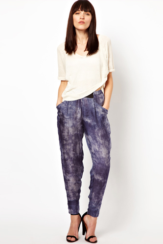 pair-with-high-waisted-slouchy-pants-137