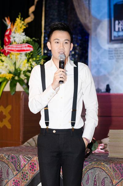 Tuy là họp báo của Mr. Đàm, Dương Triệu Vũ vẫn được ưu ái phát biểu về các dự án âm nhạc riêng.