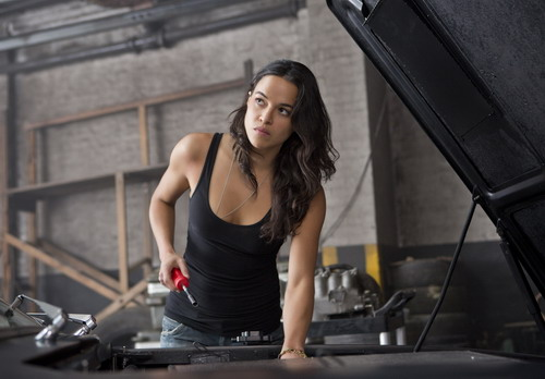 michelle-rodriguez-fast-furious-6-137809