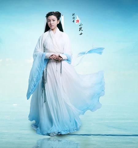 Đoàn làm phim Thần điêu đại hiệp do Vu Chính biên kịch mới đây tung loạt ảnh tạo hình Tiểu Long Nữ và Dương Quá.