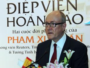Giáo sư Larry Berman tin tưởng mối quan hệ Việt Nam - Mỹ sẽ ngày càng phát triển vững chắc.